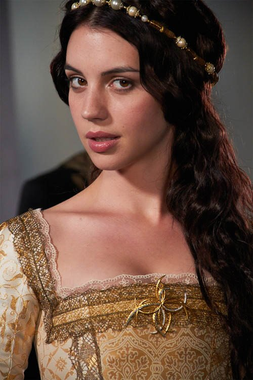 Adelaide Kane Measurements Bra Size Height Weight Ethnicity