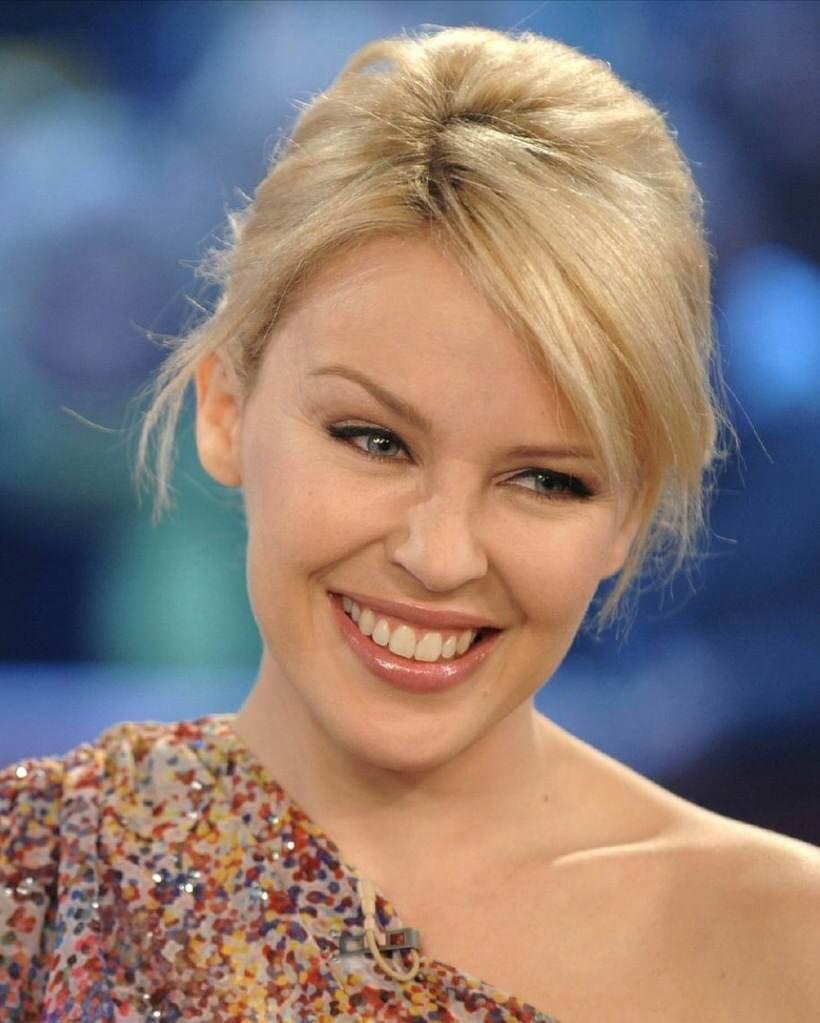 Kylie Minogue Measurements, Bra Size, Height, Weight